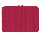be.ez LArobe Allure fodral MacBook Pro 15 Red
